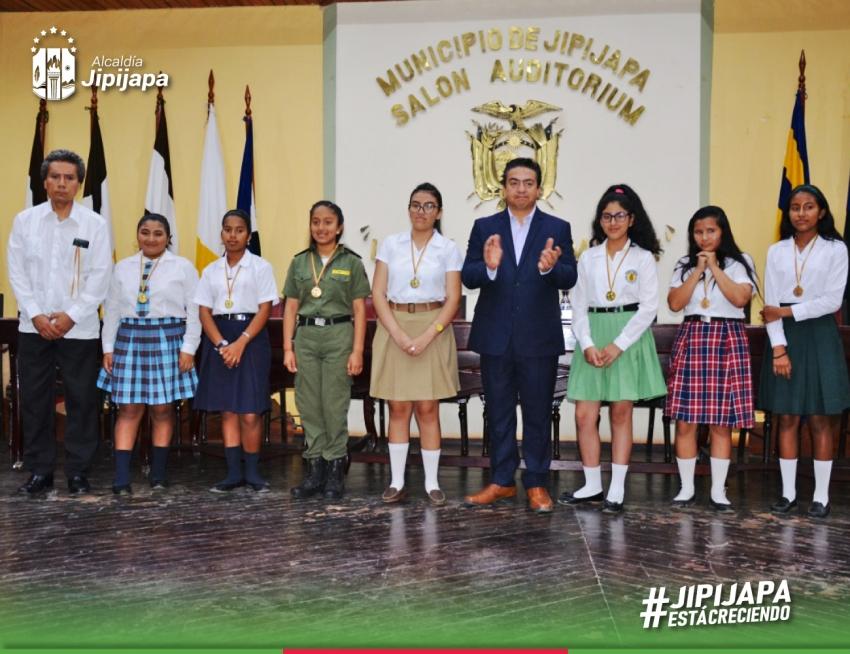 """Se  cumplió  Concurso  """"La Juventud le canta a Jipijapa"""""""